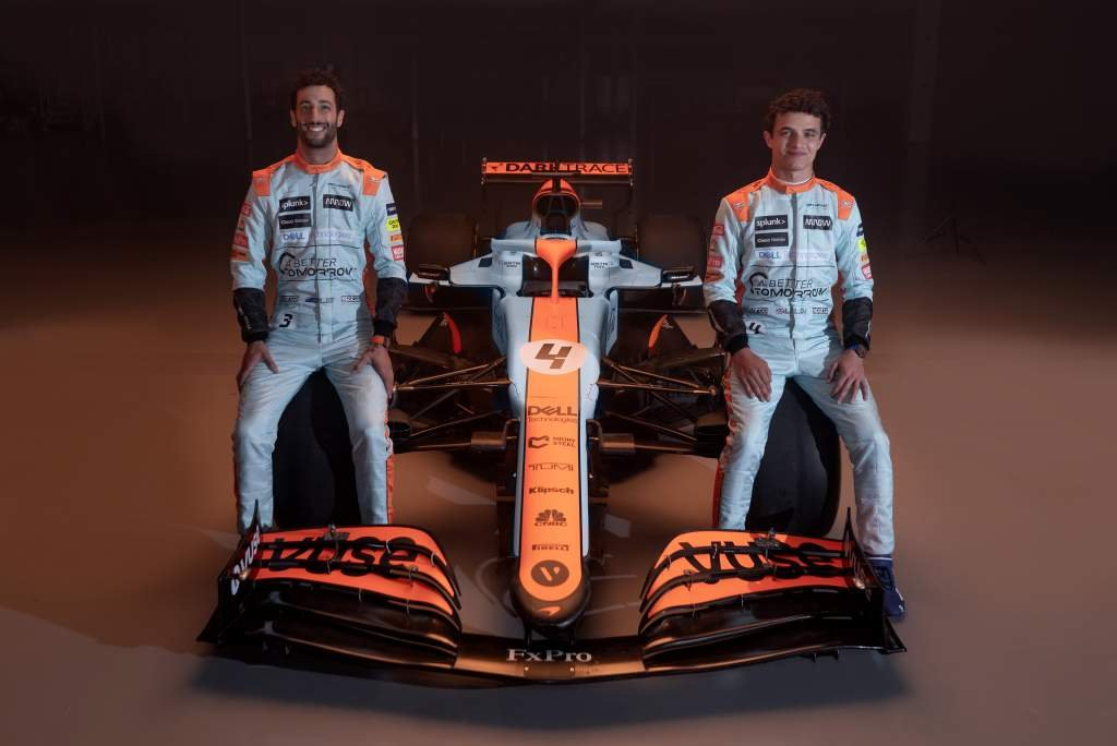 Gulf-MCL35-and-drivers--1024x684.jpg
